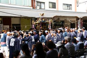 湯沢 神輿 1.jpg