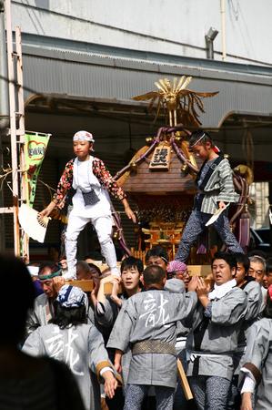湯沢 神輿2.jpg