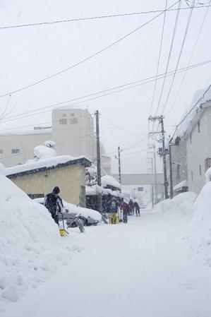 湯沢市積雪1.30.4.jpg