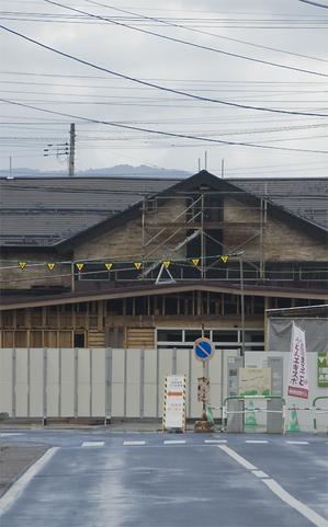 湯沢駅 改修.jpg