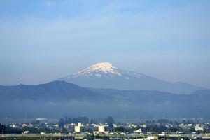 鳥海山写真2013.10.19.みたけ蔵.jpg