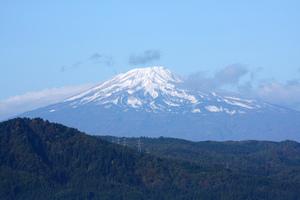 鳥海山写真2013.10.28みたけ蔵2.jpg