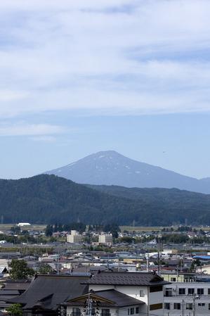 鳥海山写真2013.10.4.みたけ蔵.jpg