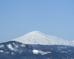 鳥海山写真2013.3.12 みたけ蔵.jpg