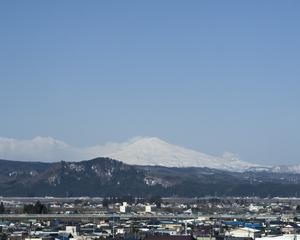 鳥海山写真2013.4.jpg