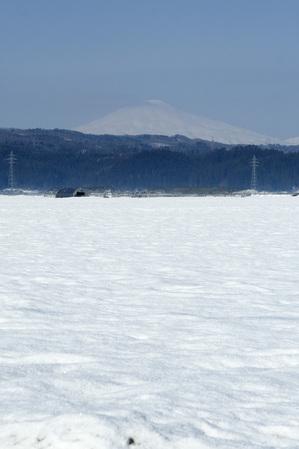 鳥海山写真2013.4.1 深堀.jpg