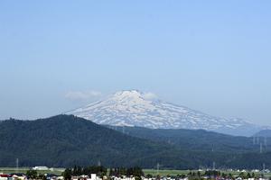 鳥海山写真2013.6.25.jpg