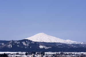 鳥海山写真2014.4.1.jpg