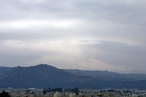 鳥海山写真2014.4.30みたけ蔵.jpg