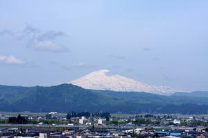 鳥海山写真2014.5.19みたけ蔵.jpg
