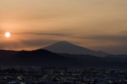 鳥海山夕日1023.jpg