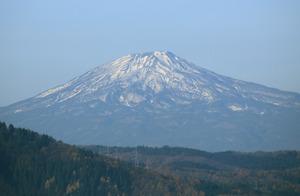 鳥海山写真2014.11.11.みたけ.jpg