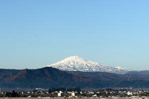 鳥海山写真2014.11.21.みたけ.jpg