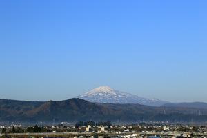 鳥海山写真2014.11.5.みたけ.jpg