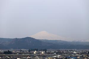 鳥海山写真2015.4.13.みたけ .jpg