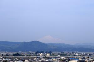 鳥海山写真2015.5.1 .jpg