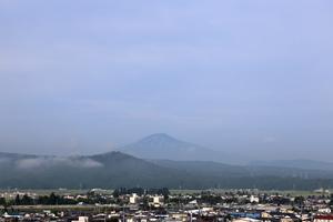 鳥海山写真2015.8.21 .jpg