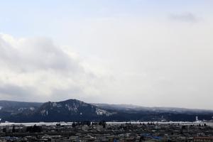 鳥海山写真2016.3.25.jpg