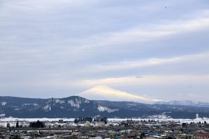 鳥海山写真2016.3.9.jpg