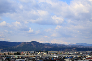 鳥海山写真2016.4.20.jpg