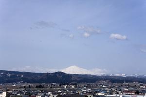 鳥海山写真  2017.4.10.jpg