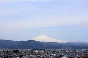 鳥海山写真  2017.5.1.jpg