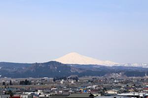 鳥海山写真  2018.4.10.jpg