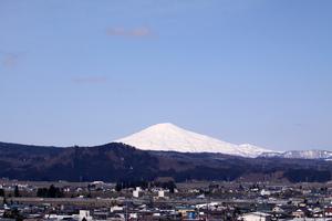 鳥海山写真  2018.4.17.jpg