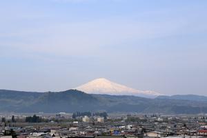 鳥海山写真 2019.5.9.jpg